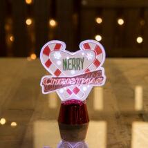 Karácsonyi asztali LED dekor fényes talppal szív (11 cm)