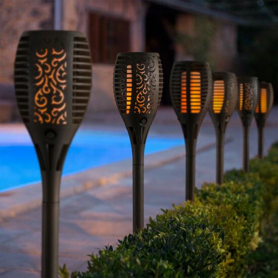 Lángokat imitáló napelemes LED lámpa (fekete, műanyag)
