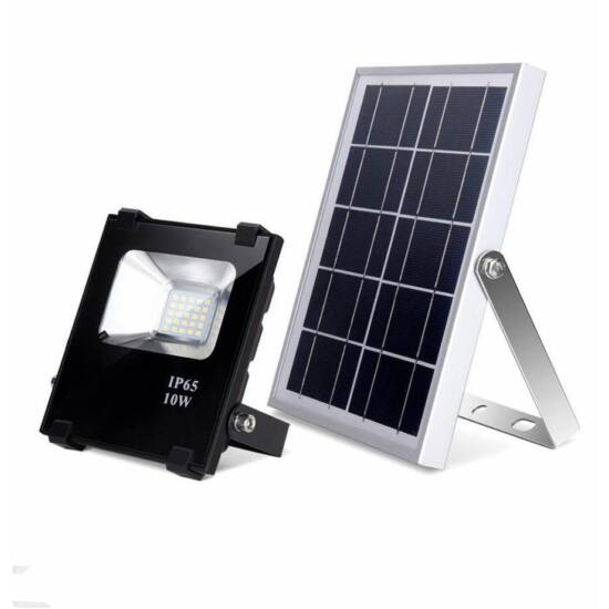 Napelemes LED reflektor (PIR, 10W)